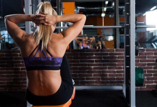 筋肉を作り出す手助けをするたんぱく質豊富なアスレチックフード